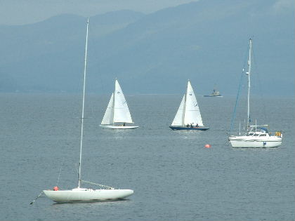 Close racing at the Laing O'Rourke Big Scottish Quaich